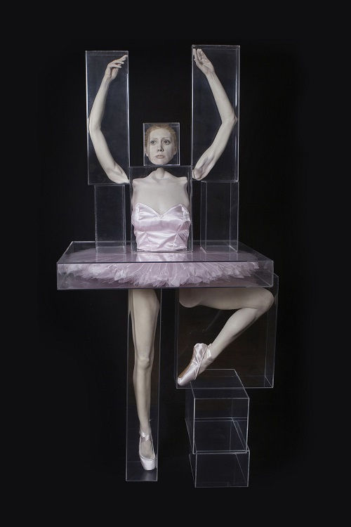 ballerina-bailarina-2007-resin-hair-ocular-prosthesis-acrylic-87-4-x-37-4-x-43-3-in-222x95x110cm-figueiredo-ferraz-institute-collection-1_1000